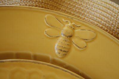 Honey Bee Tableware: Bees Plates, Bees Tableware, Bees Uti, Bees Happy, Bees Mine, Bees Theme, Bees Knee, Bees Stuff, Honey Bees