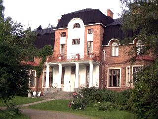 Hovinkartano International  Arts and Cultural Cent - rural Finland. Large manor house with multiple guests at a time.