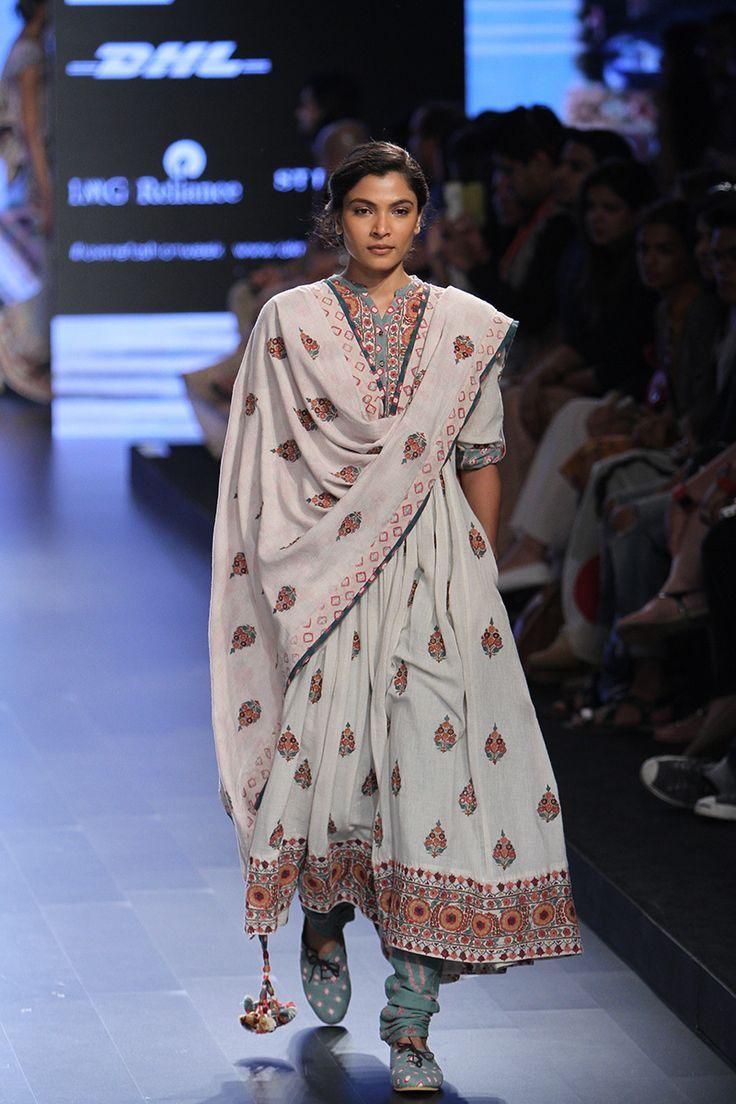 Vrisa by Rahul N Shikha at Lakmé Fashion Week summer/resort 2016