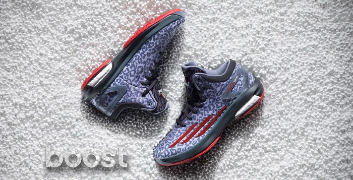 Damian Lillard shoes adizero boosts has to be these colors size 10