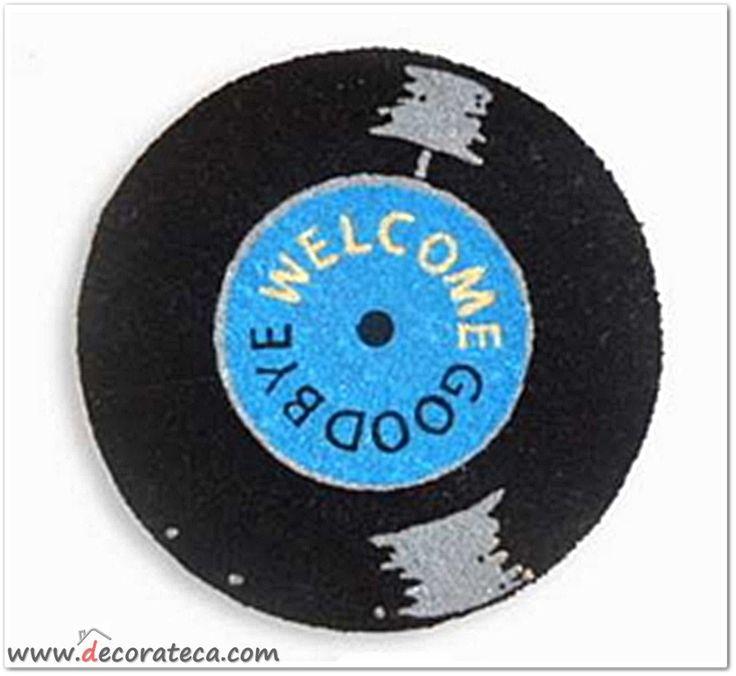 Original felpudo redondo con forma de disco de vinilo en color negro y azul. Decoración retro moderna original - WWW.DECORATECA.COM