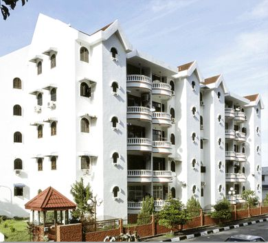 Park Avenue - Park Avenue Apartment is located along Jalan Kebun Bunga, near to the famous Penang Botanical Gardens. It is about 10 minutes drive to Georgetown city centre and also easily accessible to Tanjung Bunga and Penang Bridge.  Park Avenue Apartment consists of 5-storey apartment block with a total of 40 units. Each unit has a built-up area of approximately 1,090 and comes with a balcony overlooking the luscious green hill. The neighbourhood apartment block of Park A