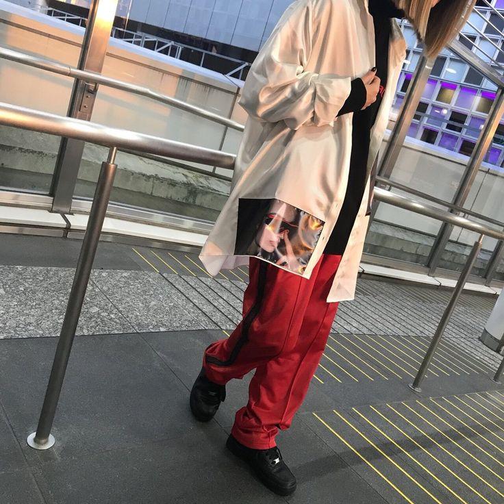 MISBHV【ミスビヘイブ】NEWARRIVAL!!! MISBHV 新作のシャツ入荷しました! モデル身長/160cm 着用size/M サラッとした着心地でレディースでもメンズでもかっこよく着こなせるちょうどいいオーバーサイズです!!