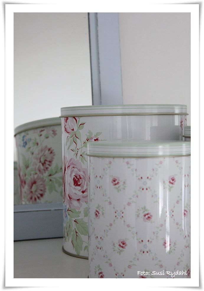 Greengate and old mirror