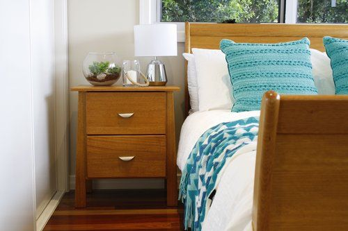 Letting that timber tone shine with fresh white and turquoise.