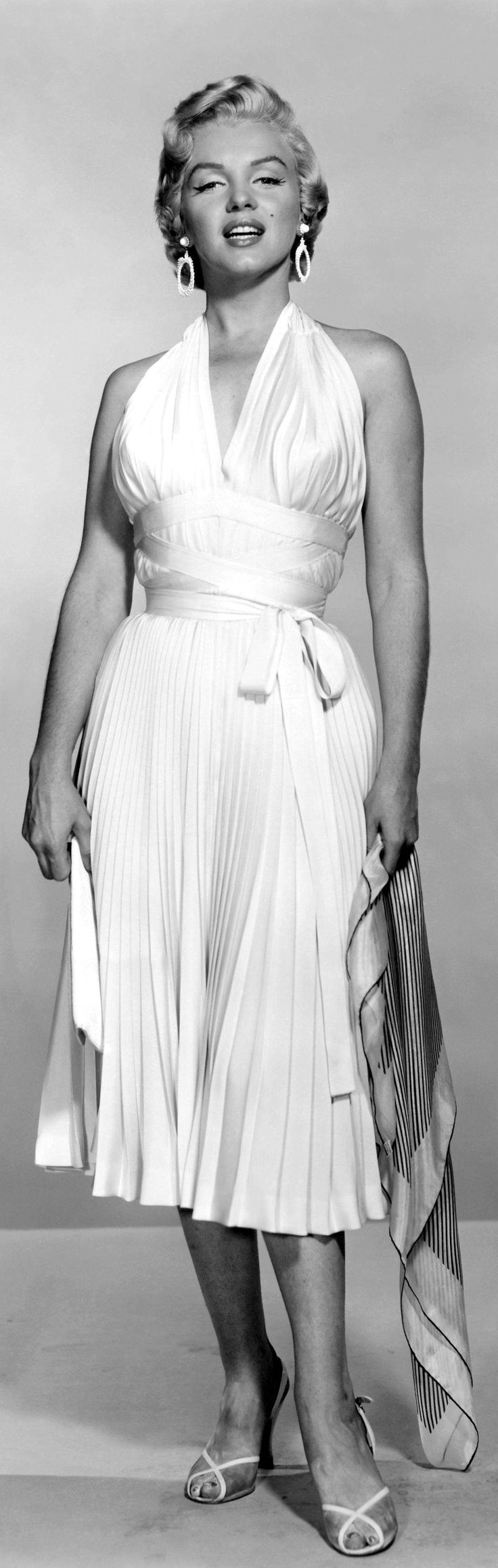 50s white halter sundress iconic MM dress cocktail Marilyn Monroe, in William Travilla, 1955, The Seven Year Itch, Iconic dress