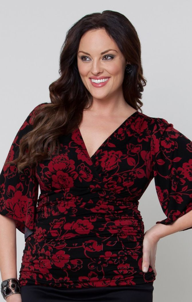 Keira Kimono Top http://www.curvety.com/separates-c7/tops-c11/kiyonna-keira-kimono-sleeve-top-in-red-black-p216