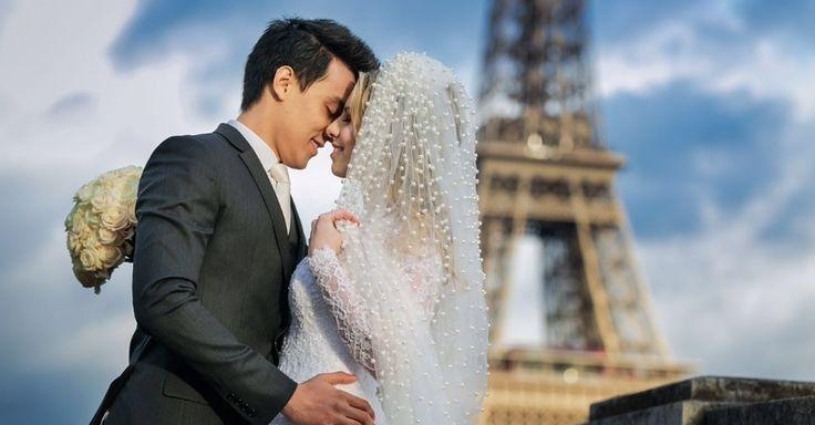 Já imaginou celebrar o seu casamento em Paris e, ainda por cima, com direito a um bolo feito pela mesma designer do oferecido no casamento deKate Mid...