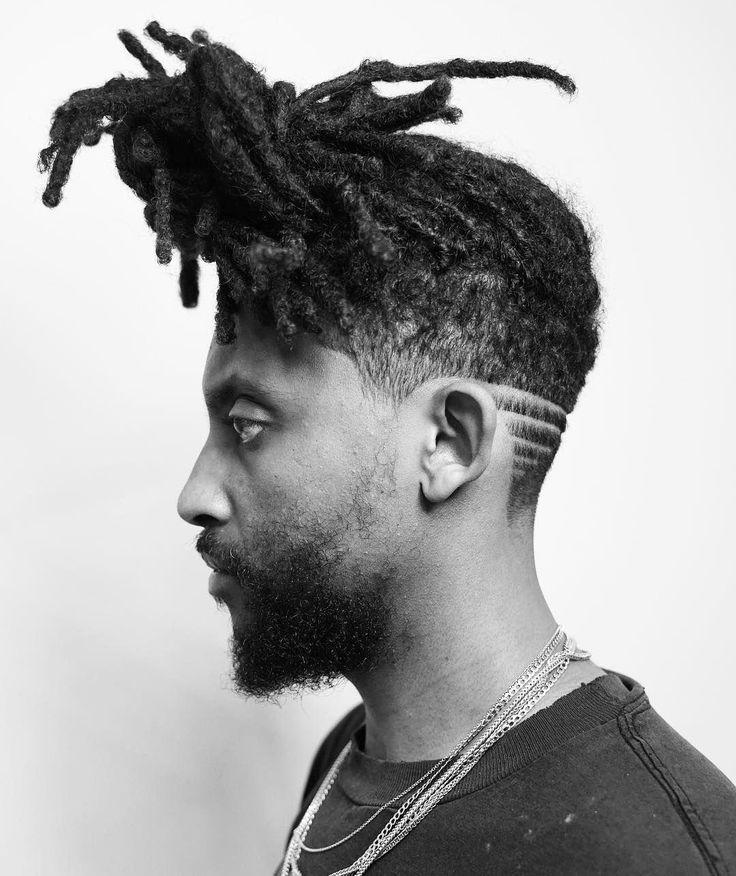 Tirez sur de longues dreadlocks pour révéler un cou rasé avec un motif de cheveux. #Menshair #mens …   – Haircuts and styles