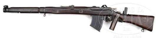 BSA-Howell self-loading SMLE rifle    Short Magazine Lee-Enfield MkIII conversion, manufactured in 1916 by Birmigham Small Arms company, serial number 2.  .303 British, 20 or 10 rounds box magazine, gas operated semi automatic, stamped sheet metal hand and face guards and pistol grip.