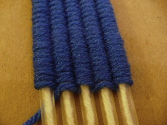 Make a Drinking Straw Weaving Loom