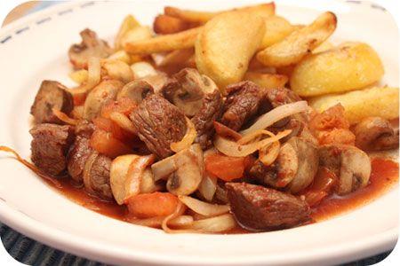 Op dit eetdagboek kookblog : Koken met de Actifry? Gaat dat? Ja! Vandaag heb ik de Actifry Mini uitgeprobeerd en nee geen aardappeltjes of frietjes er in maar vlees en groenten. In ong