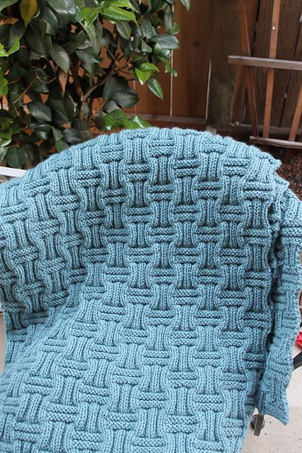 Ravelry: Project Gallery for Hide And Seek pattern by Gabrielle Danskknit