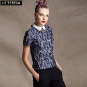 2013 nuevos modelos de primavera nuevo europeas y las mujeres americanas de solapa de Peter Pan patrón complejo Gulei Si impreso de manga corta de ropa camisa