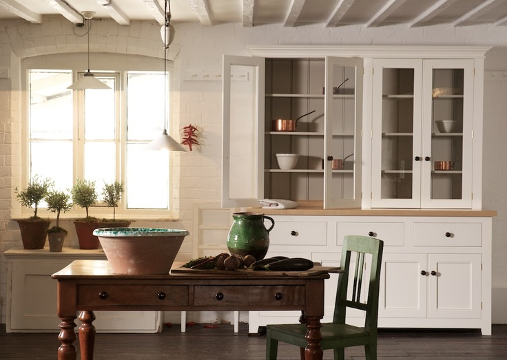This is the Glazed Dresser from deVOL's Classic English Kitchen Range. It's a beautiful & simple freestanding piece.