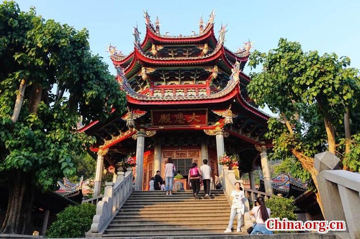 The South Putuo Temple is adjacent to Xiamen University in Xiamen, capital city of Fujian Province. Originally built in the Tang Dynasty (618-907), the temple was destroyed many times over the course of subsequent dynasties.  http://www.chinatraveltourismnews.com/2016/11/south-putuo-temple-in-chinas-fujian.html