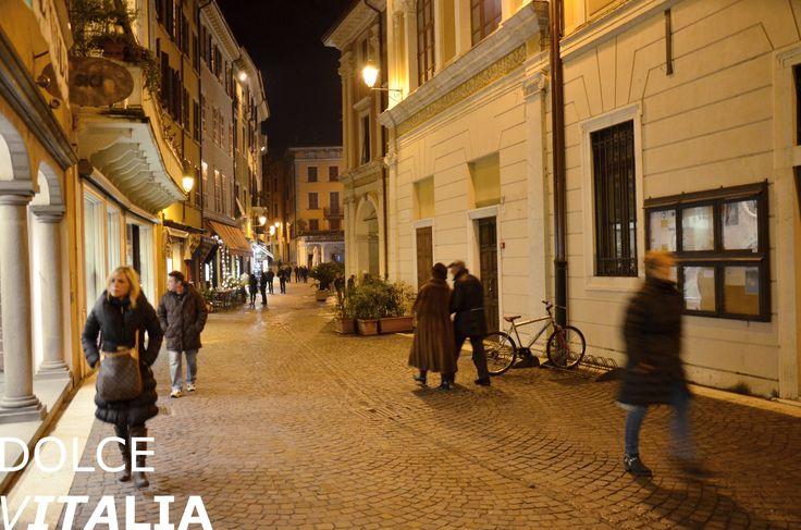 Via Mattia Butturini, Salò