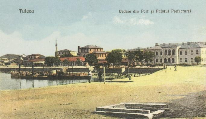 Tulcea - Vedere din port si Palatul Prefecturei - antebelica