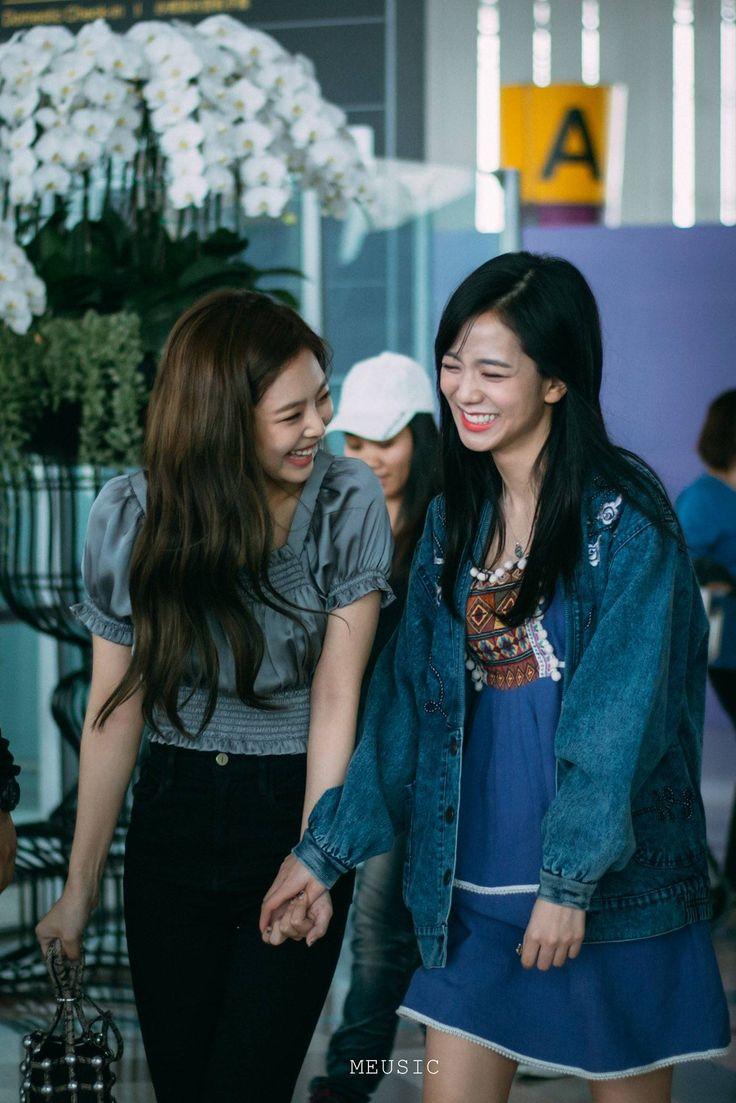 BLACKPINK Jennie & Jisoo