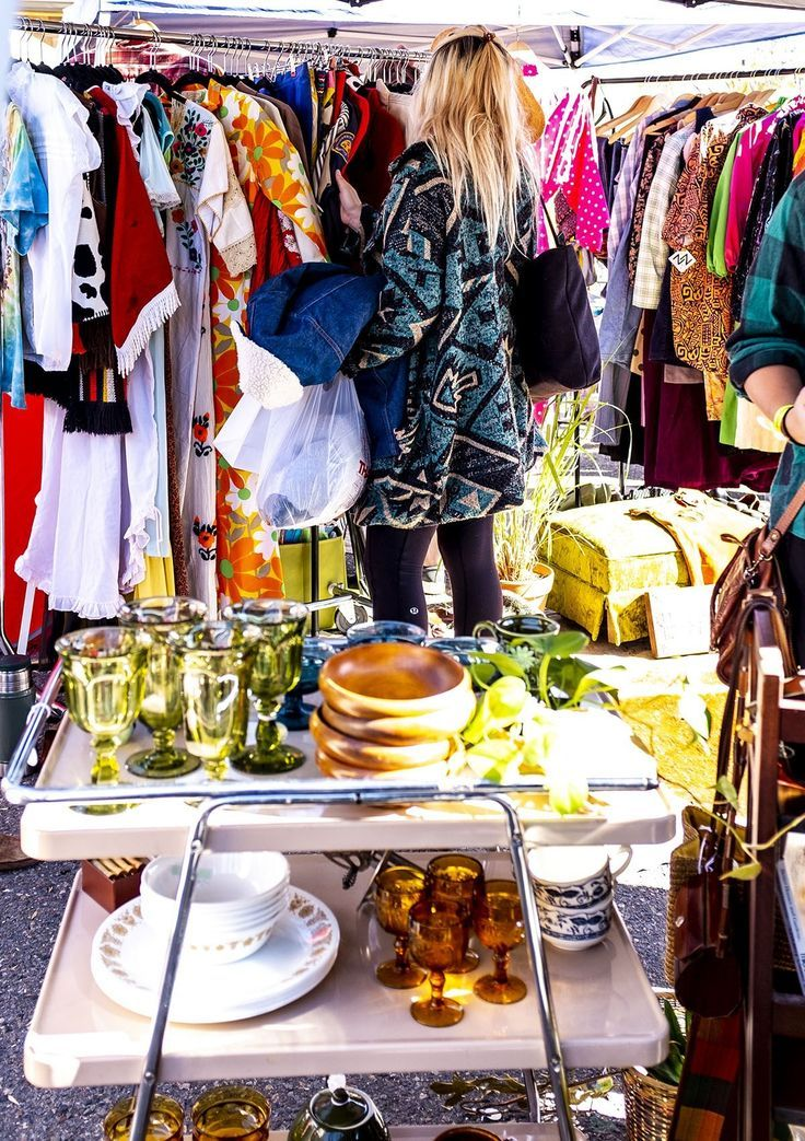 6 Denver Vintage Markets To Shop Like A Local When Visiting Lexi Goes Thrifting In 2020 Vintage Clothes Shop Buy Vintage Clothing Vintage Clothing Stores