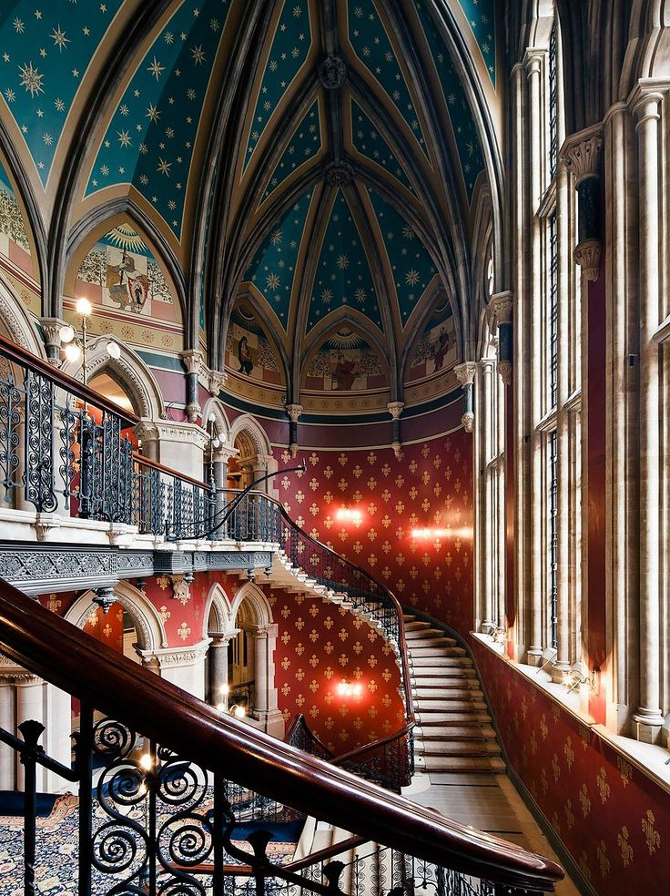 St. Pancras Renaissance Hotel designed in Victorian Gothic style by Sir George Gilbert Scott in 1873. The soaring vaulted ceilings of the grand #staircase were painted with gold stars against cerulean blue. #London
