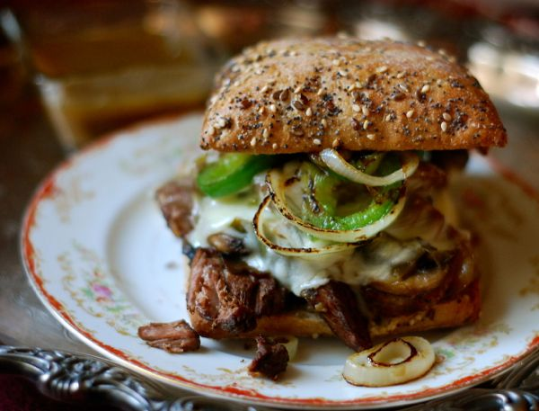 slow cooker philly cheese steak sandwiches | ChinDeep