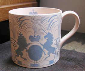 rare coronation mug by Eric Ravilious for Wedgwood 1937,George VI