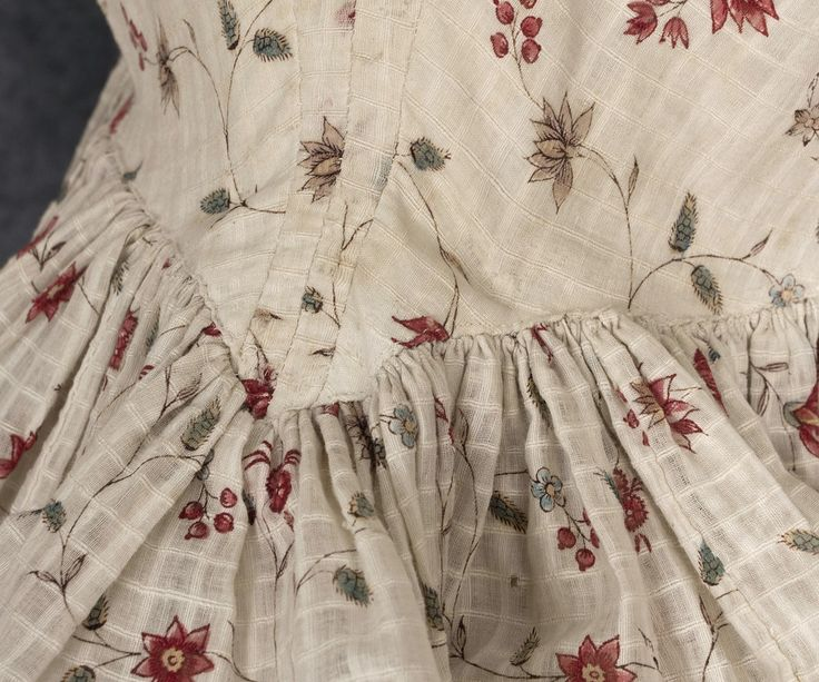 Cotton print gown, 1770s-80s