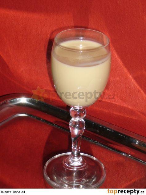 Luxusní mandlový likér