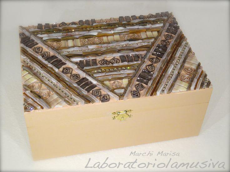 Estremamente 32 best Scatole, scatoline, scatolette - mosaico artistico  MX84