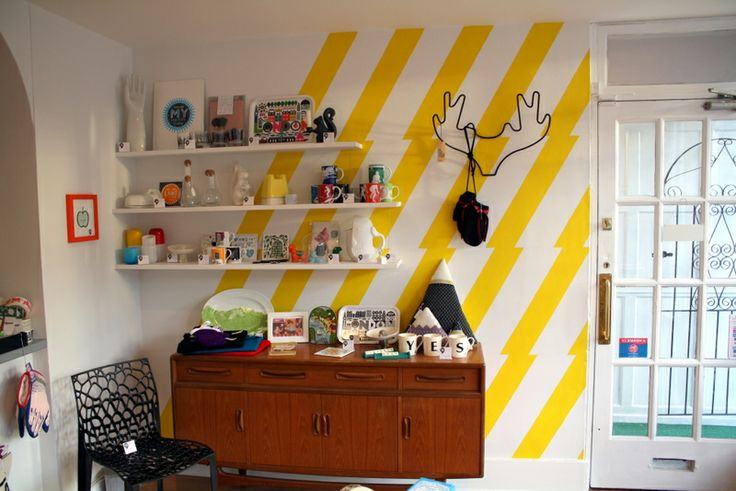 The zig zag wall with G plan sideboard