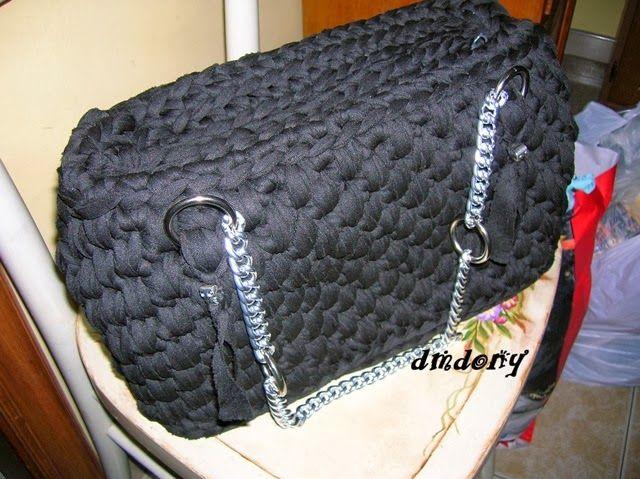 LE CREAZIONI DI DONY: borsa in fettuccia punto canestro nera