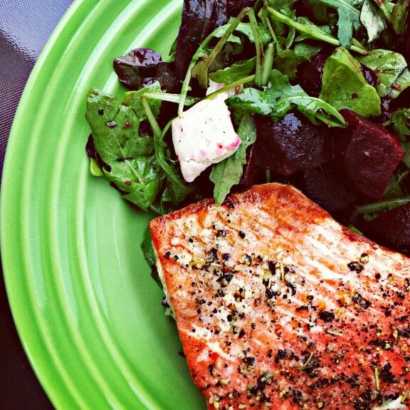 barbequed salmon with beet and arugula salad
