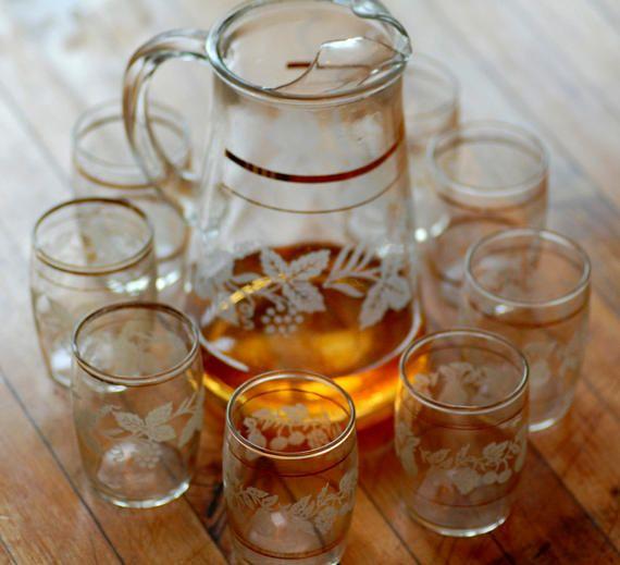 vintage grappa set - vintage lemonade set - embossed grape glass - midcentury pitcher and glasses - vintage cocktail set - vintage barware