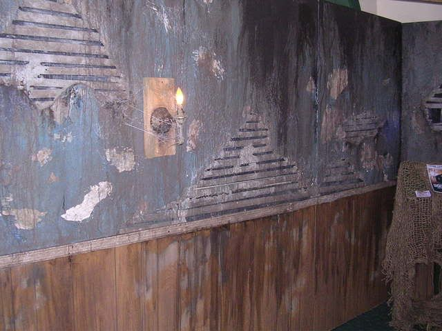 25 best haunted trail ideas trending ideas on pinterest for Diy haunted house walls