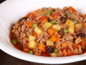 Menudong giniling is a dish that was derived from the dish called Menudo, ingredients are nearly similar but the preparation is different, in the normal Menudo meat and other ingredients are cubed into 1cm...