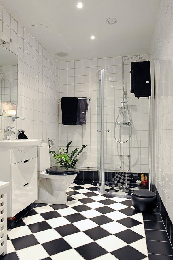 18 best images about black and white bathroom on pinterest for Bathroom ideas black tiles