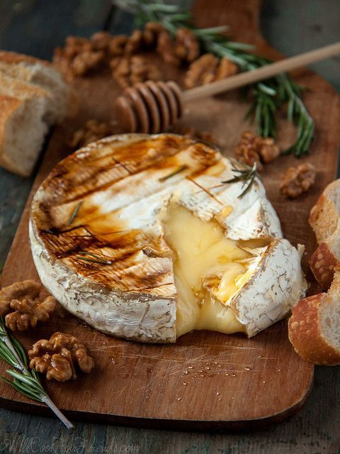 Baked Brie with Rosemary, Honey & Candied Walnuts via Will Cook for Friends #recipe