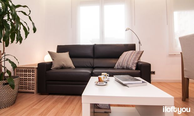 #proyectoserraiarola #iloftyou #interiordesign #ikea #barcelona #livingroom #lowcost #lack #enje