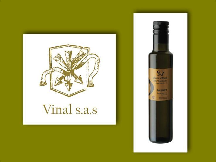 VINAL S.A.S. Aceite de Oliva de Portugal.  Vinal Colombia S.A.S distribuye productos de alta calidad de Portugal como vinos y aceite de oliva. Nuestros vinos cuentan con varias premiaciones y solo están disponibles en Colombia en tiendas especializadas y restaurantes.  http://www.littleconnexions.com/item/vinal-s-a-s-distribuye-aceite-de-oliva-de-portugal/  Calle 80 N. 10-43 oficina 110 +57 1 2578956 info@vinal.co http://www.vinal.co/