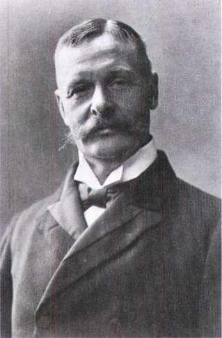 Christian Sonne havde en grundig teoretisk og praktisk uddannelse som landmand og var fra sin ungdom stærkt engageret i landbrugsfagligt oplysningsarbejde. I 1889 overtog han 30 år gammel forpagtningen af Knuthenborg avlsgård, som han drev frem til et moderne landbrug. I 1907 flyttede han til Rosenlund under grevskabet Hardenberg på Lolland, hvor han var forpagter til 1919. I 1902 valgtes han til Landstinget og sluttede sig til de Frikonservatives gruppe, som han også fulgte ind i Det…