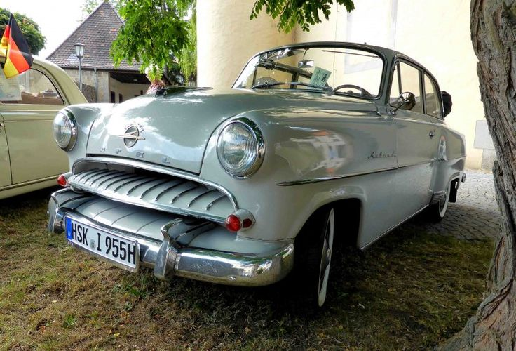 Opel Rekord Olympia Cabrio, Bj. 1955, gesehen bei den Fladungen Classics im Juli 2014