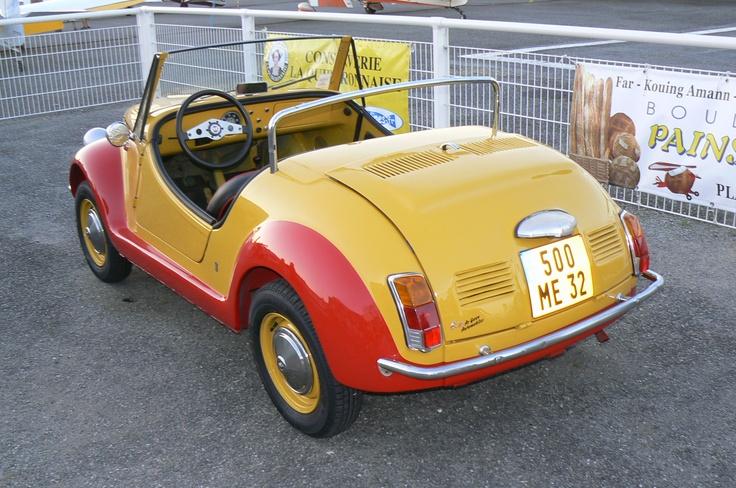 Fiat 500 for the beach, classic italian car