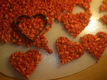 Valentin napi puffasztott rizs szivecske recept