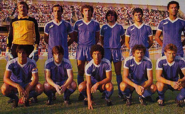 S.E.C. Bastia 1985-86. Debout (de gauche à droite) : Mlynarczyk, Orlanducci, Cubaynes, Nativi, Ottaviani, Moizan. Accroupis (de gauche à droite) : Pastinelli, Furic, Solsona, Meyer, Cervetti.