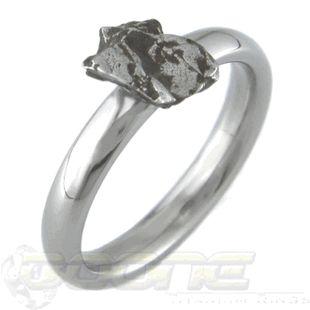Solitaire Meteorite Engagement Ring - Titanium solitaire ring by Titanium-Buzz