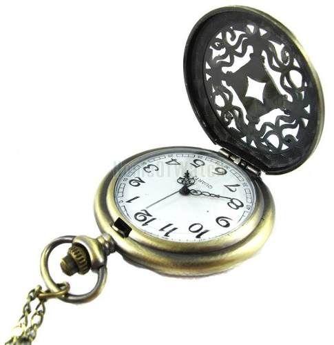 relógio de bolso estilo antigo entalhado com detalhes estamp