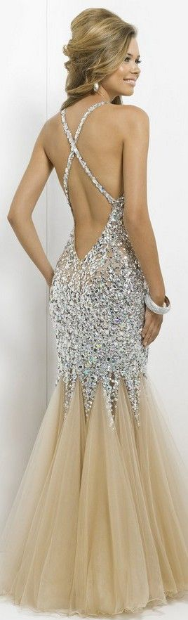 THISSSS!!!   GORGEOUS Silver Glitter Sequins Glitz Glamorous Shimmering Formal Floor Length Dress with Golden Bottom Half IN LOVE