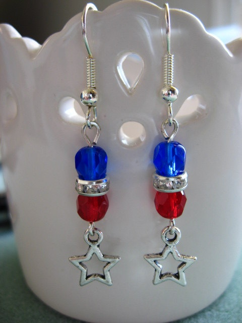 4th Of July Show Your Red White And Blue Earring By Stormy53 6 50 Beading Pinterest Jewelry Earrings Making