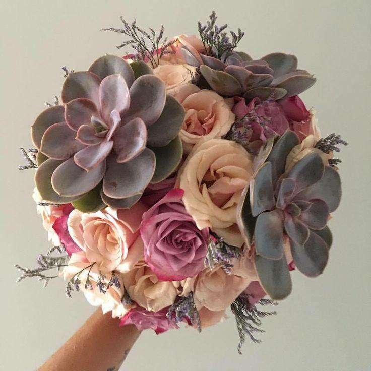 CBR435 wedding Riviera Maya lilac light pino roses and suculenta brida bouquet / ramo de novia con rosas lilas y rosa palo con suculentas